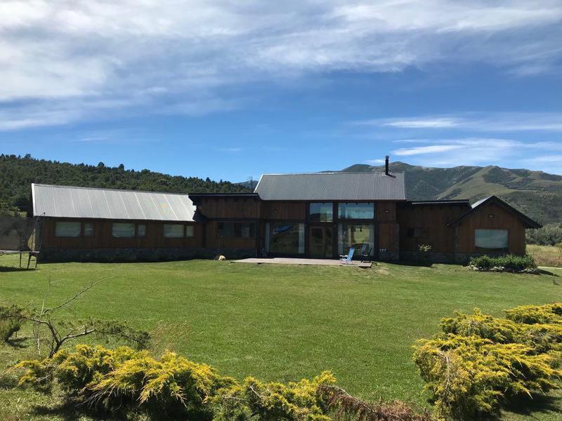 Foto Casa en Venta en  San Martin De Los Andes,  Lacar  Barrio Noregon San Martin de Los Andes