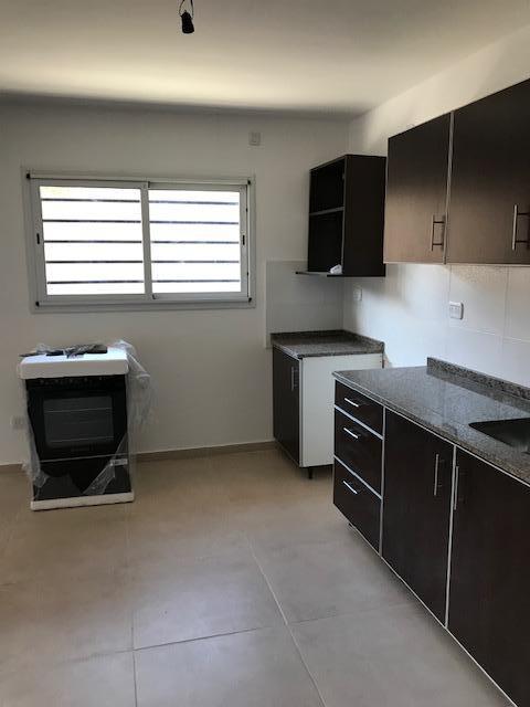 Foto Casa en Venta en  Lomas de Zamora Oeste,  Lomas De Zamora  Posadas al 865 Duplex en venta con financiación