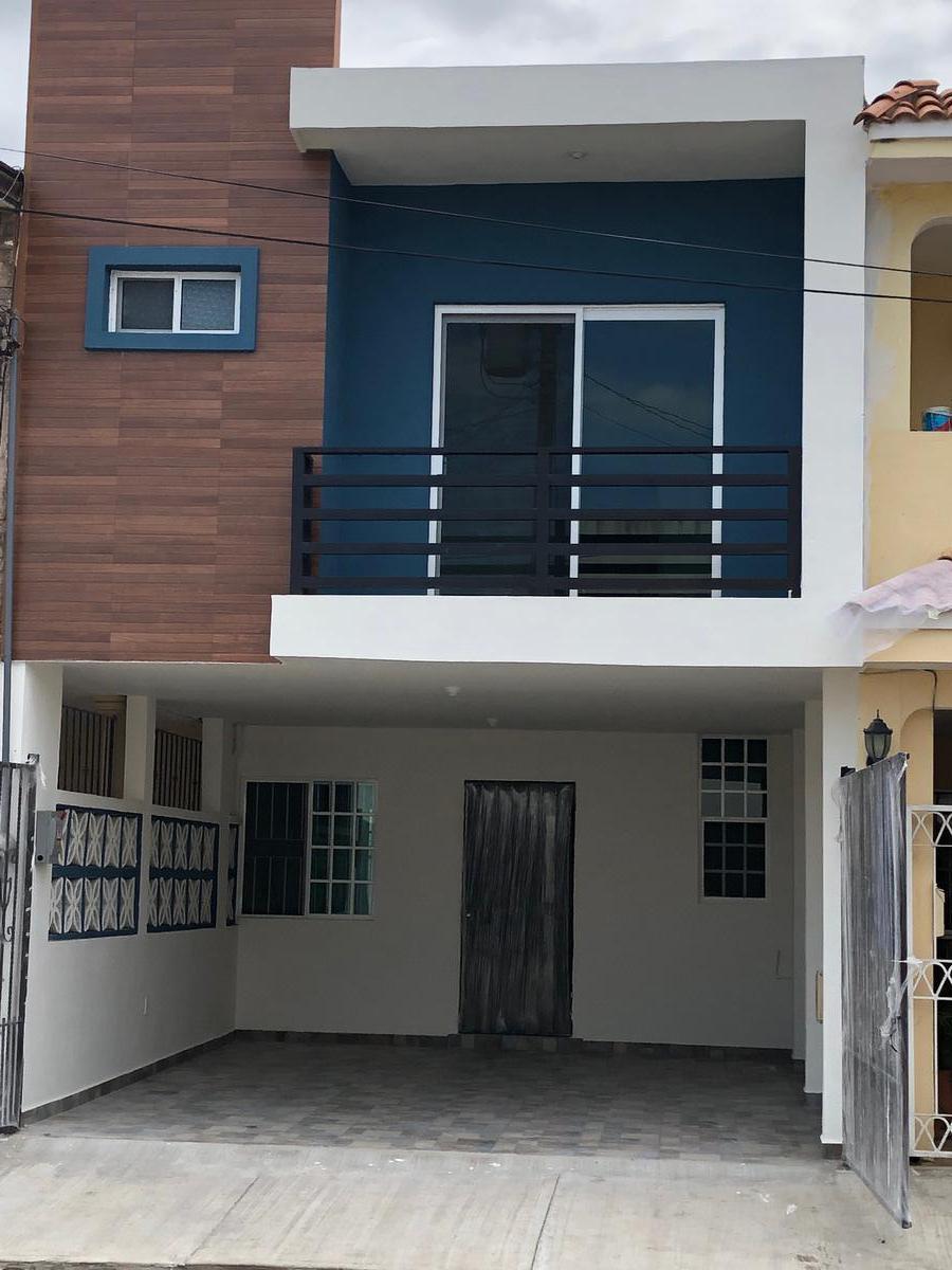 Foto Casa en Venta en  Ciudad Madero ,  Tamaulipas          CASA INDEPENDIENTE DE 3 RECAMARAS COCHERA 2 AUTOS COL. LUNA LUNA
