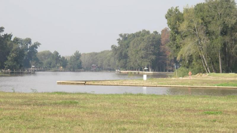 Foto Terreno en Venta en  San Juan,  Villanueva  Venta lote al rio en B° San Juan - Villa Nueva