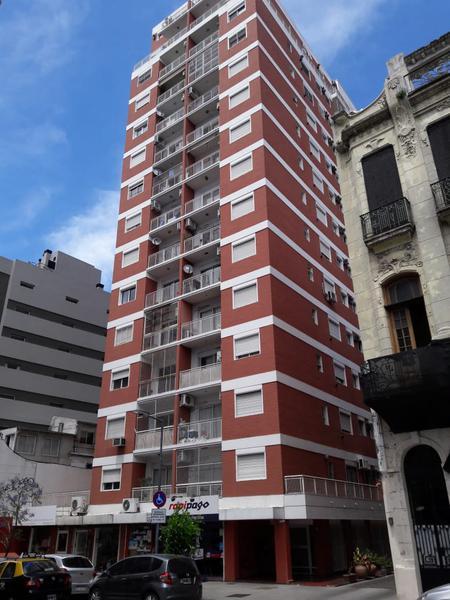 Foto Departamento en Alquiler en  San Telmo ,  Capital Federal  Estados Unidos al 900
