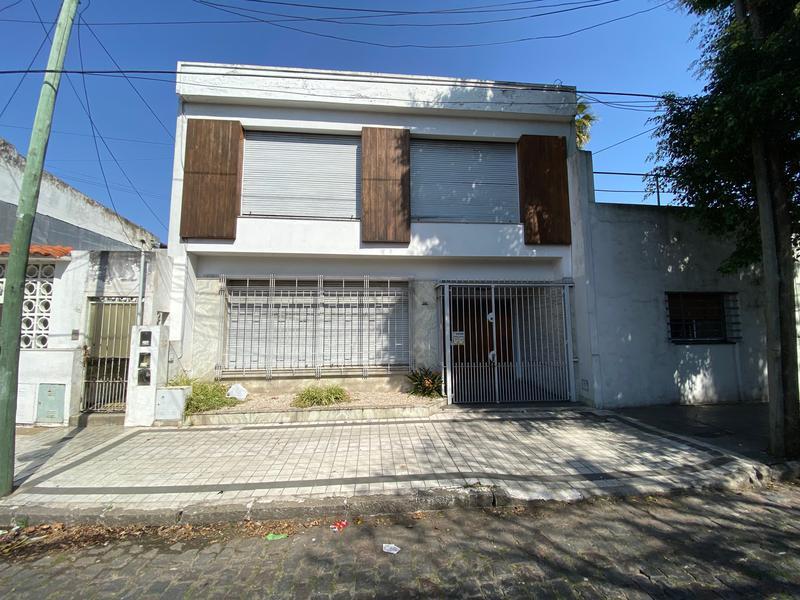 Foto Casa en Alquiler en  Temperley,  Lomas De Zamora  Suarez al 500