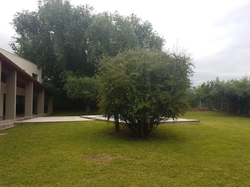Foto Casa en Venta en  Vistalba,  Lujan De Cuyo  B° La Capilla, Vistalba
