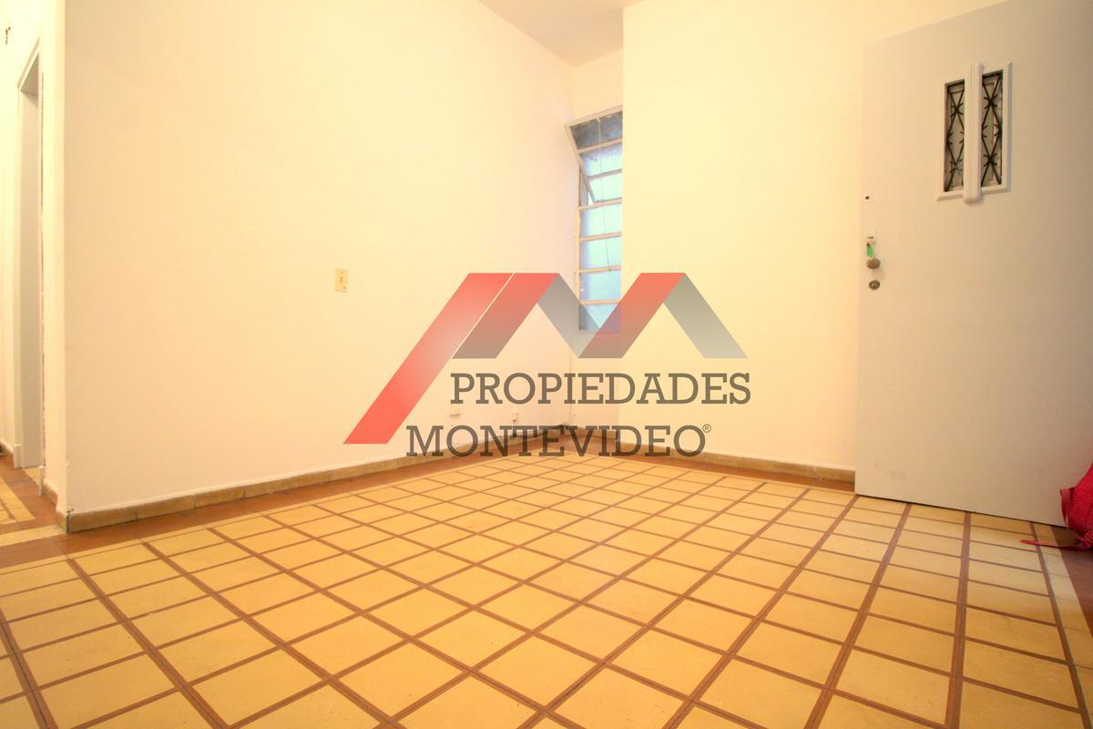Foto Apartamento en Alquiler en  Cordón ,  Montevideo  Cordón,Arenal Grande al 1300