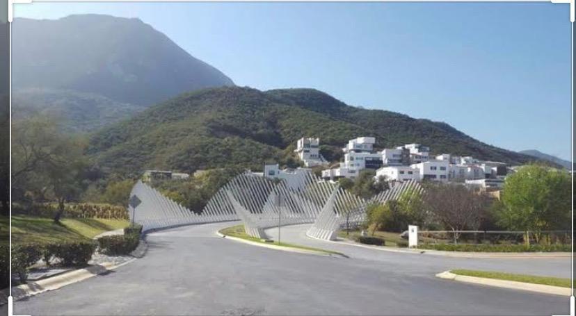 Foto Terreno en Venta en  Sierra Alta 9o Sector,  Monterrey  Terreno en Venta en Sierra Alta excelente ubicacion colonia privada (MHG)