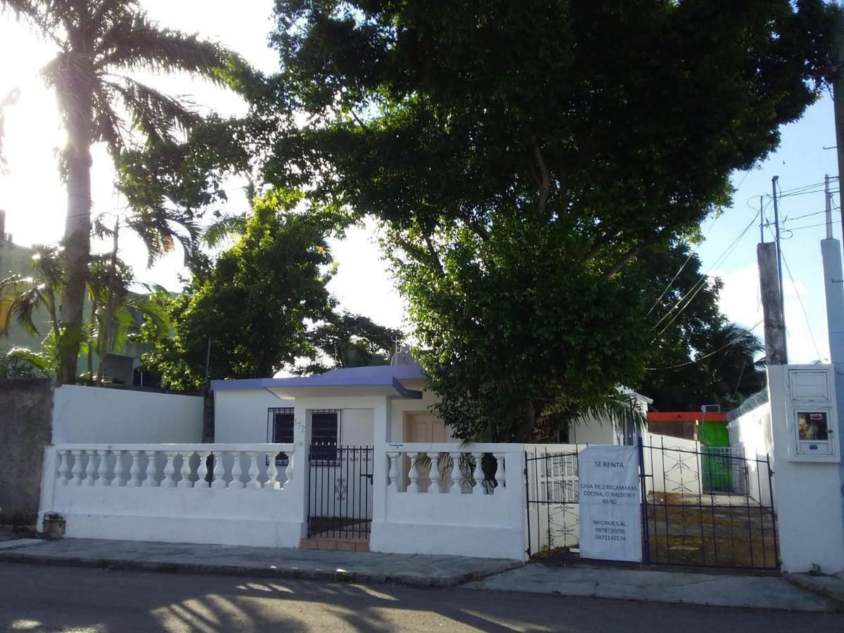 Foto Casa en Renta en  Adolfo L. Mateos,  Cozumel  55 Av sur bis entre  calle 1ra Sur y Calle Dr. Adolfo Rosado Salas