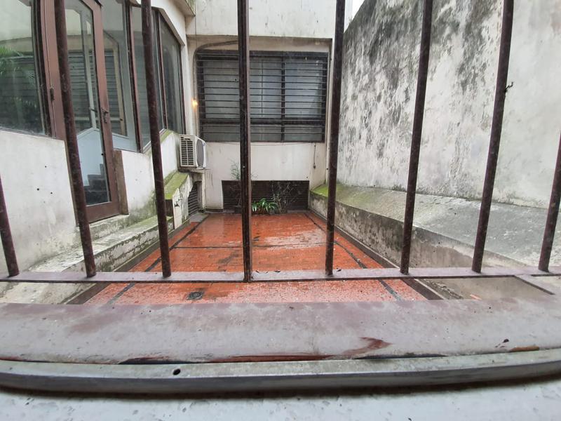 Foto Oficina en Venta en  Recoleta ,  Capital Federal  Suipacha al 900