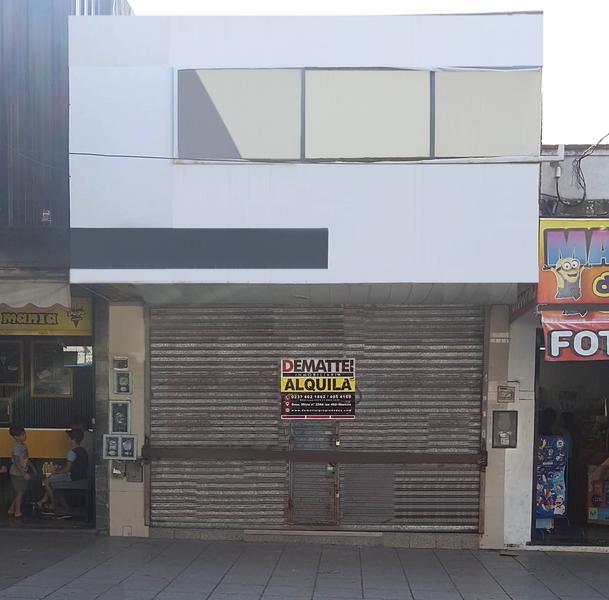 Foto Local en Alquiler en  Moreno,  Moreno  Uruguay  al 50 (Centrico)  Bme. Mitre y Belgrano