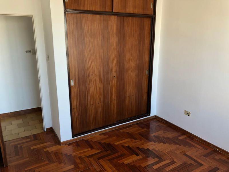Foto Departamento en Venta en  La Plata,  La Plata  calle 56 536