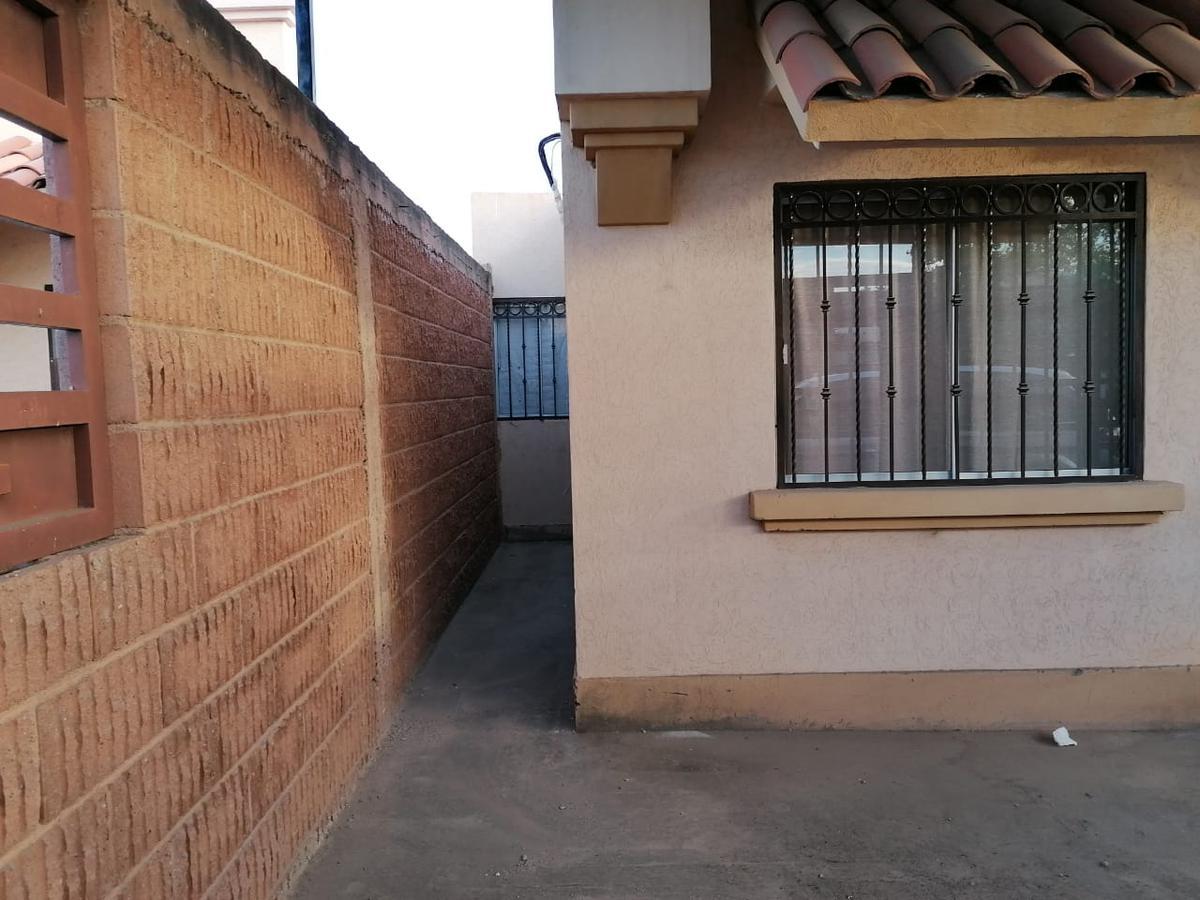 Foto Casa en Venta en  Residencial Puerta Real Residencial,  Hermosillo  SE VENDE CASA EN PUERTA REAL  VII ETAPA AL NORPONIENTE DE HERMOSILLO SONORA