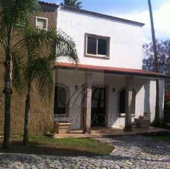 Foto Quinta en Venta |  en  Los Cristales,  Monterrey  Quinta en Carretera Nacional