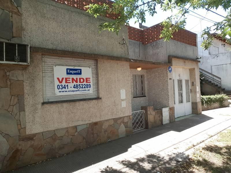 Foto Casa en Venta |  en  Rosario ,  Santa Fe  Juan Manuel de Rosas 4180
