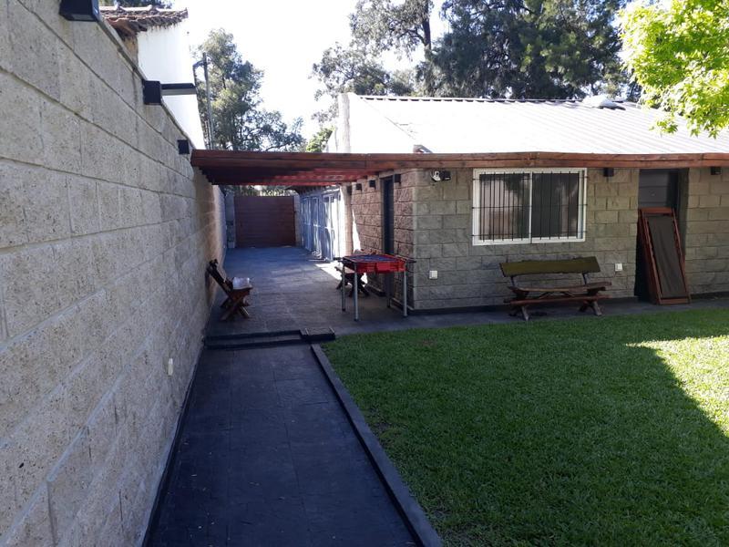 Foto Casa en Venta en  Barrio Parque Leloir,  Ituzaingo  Barrio Parque Leloir