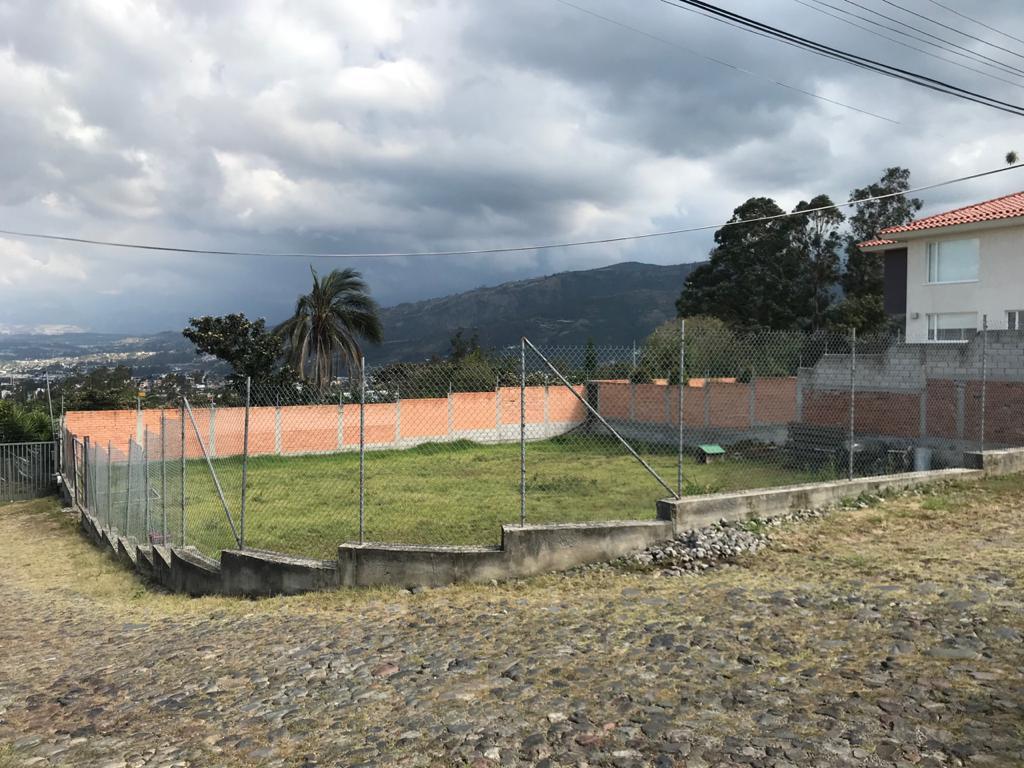 Foto Terreno en Venta en  Cumbayá,  Quito  Cumbaya