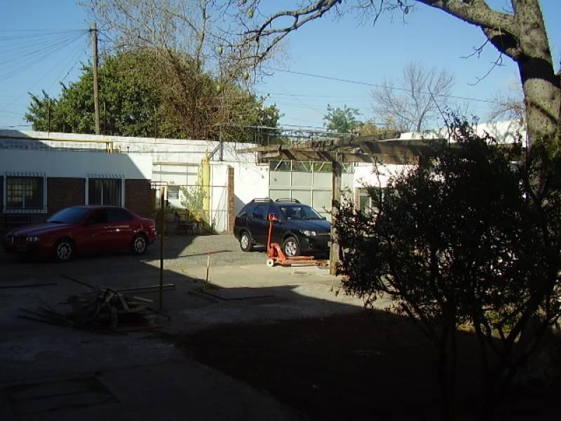 Foto Galpón en Venta en  Boulogne,  San Isidro  Thames 2800