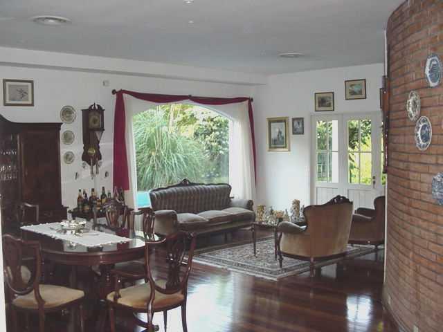 Foto Casa en Venta en  Barrio Parque Leloir,  Ituzaingo  Felipe Boero,  bo. cerrado El Jaguel