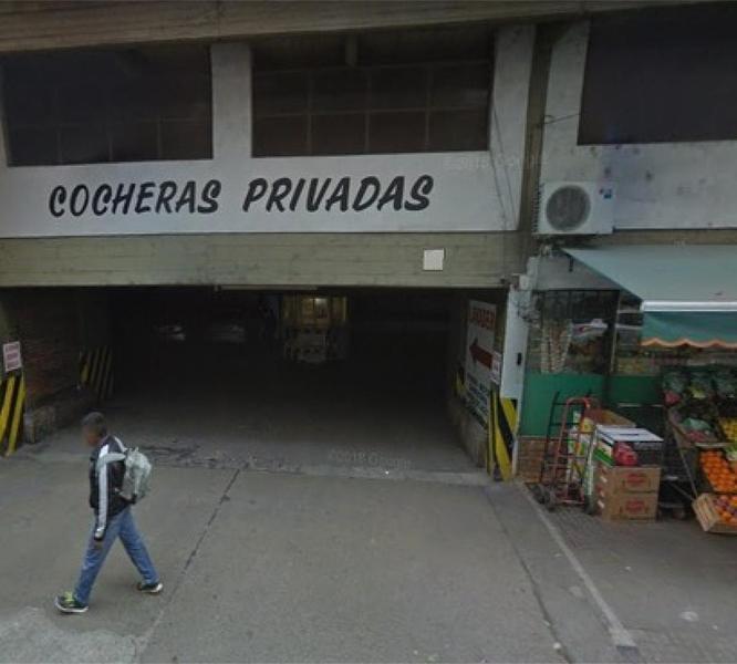 Foto Cochera en Venta en  Martin,  Rosario  Rioja  600