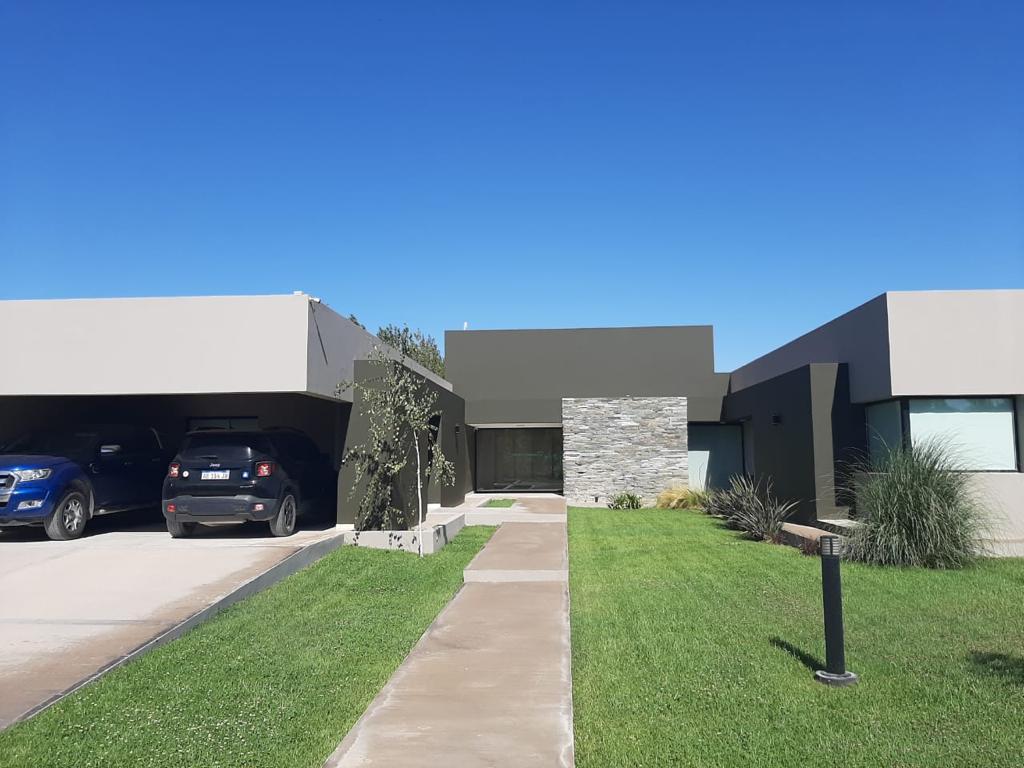 Foto Casa en Venta en  Patricios II,  Cipolletti  Casa en Venta Los Patricios 2