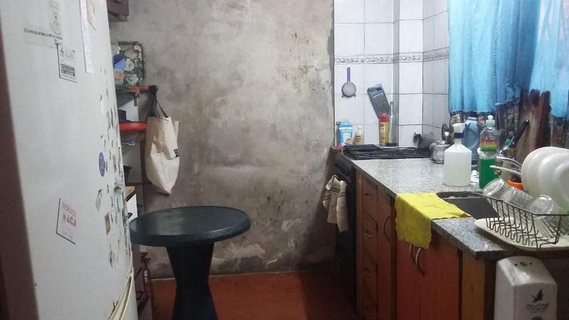 Foto Casa en Venta en  Dock Sud,  Avellaneda  Ricardo Gutierrez 1177
