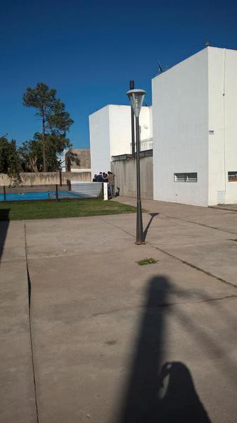 Foto Casa en Venta en  San Miguel De Tucumán,  Capital          Dúplex Alt. Av. América y Venezuela, Entrega Inmediata! Financiado