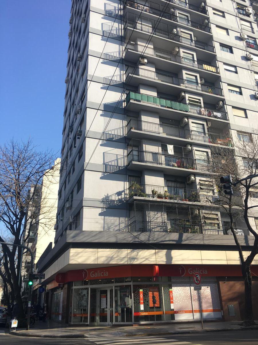 Foto Departamento en Alquiler en  Colegiales ,  Capital Federal  Federico Lacroze al 3100
