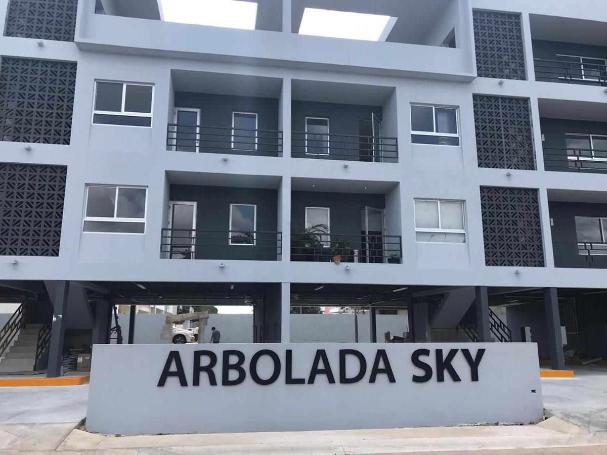 Foto Departamento en Renta en  Arbolada,  Cancún  DEPARTAMENTO EN RENTA EN CANCUN EN RESIDENCIAL ARBOLADA SKY