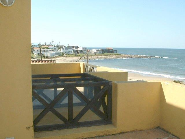 Foto Casa en Alquiler en  La Barra ,  Maldonado  LOS SILENCIOS