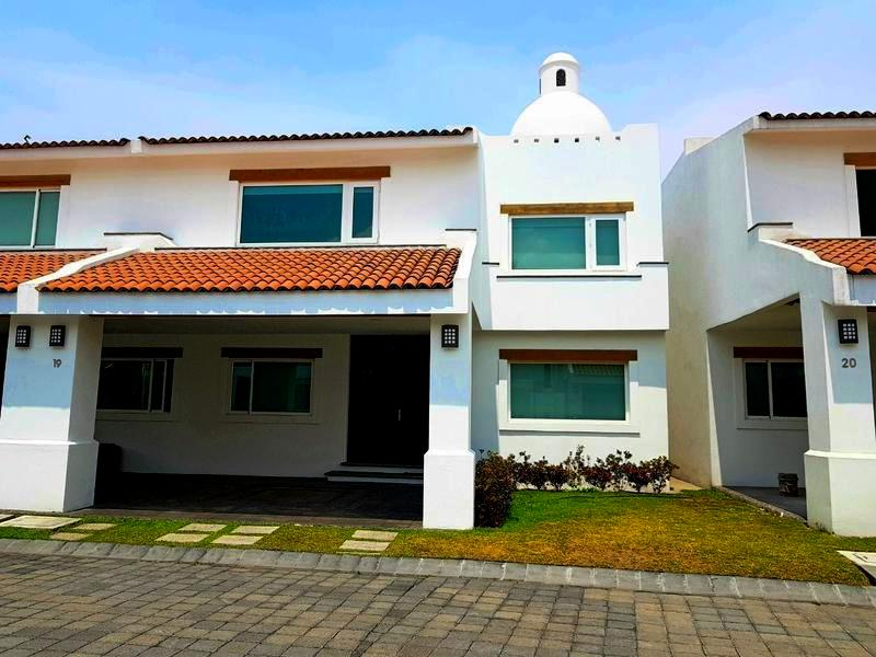 Foto Casa en condominio en Venta en  Los Robles,  Lerma  Casa en Venta en Residencia Marbella LERMA