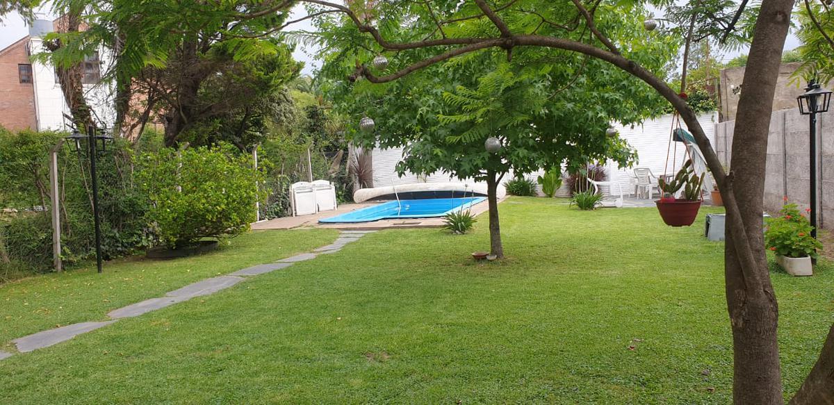 Foto Casa en Venta en  Barrio Parque Leloir,  Ituzaingo  Lopez Buchardo 3976