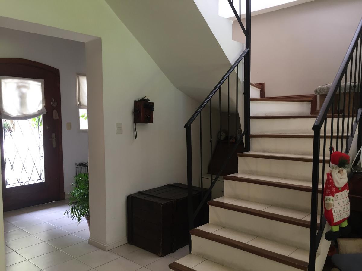 Foto Casa en Venta en  San Isidro,  San Isidro  Carlos Tejedor al 300