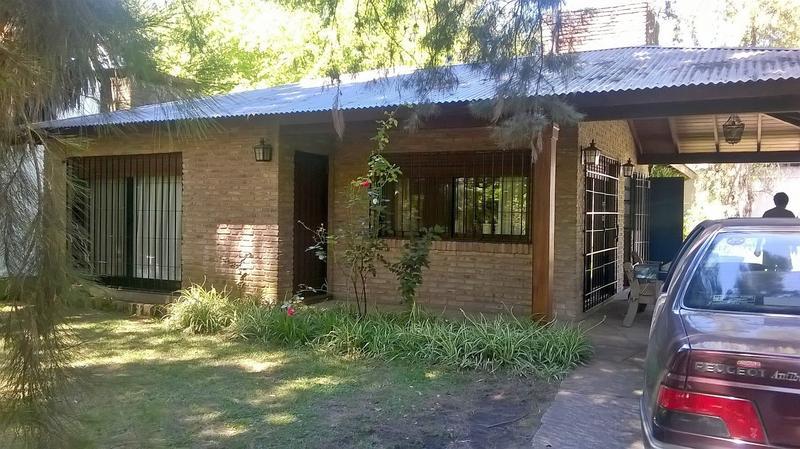 Foto Casa en Alquiler temporario en  Barrio Parque Leloir,  Ituzaingo  Gaucho de Guemes al 1800