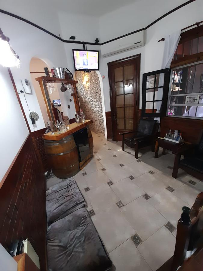 Foto Casa en Venta en  Wilde,  Avellaneda  CASA EN WILDE CENTRO EXCELENTE!!!
