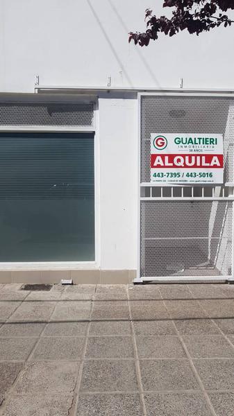 Foto Oficina en Alquiler en  Área Centro Este ,  Capital  BUENOS AIRES al 100. Oficinas en  Alquiler