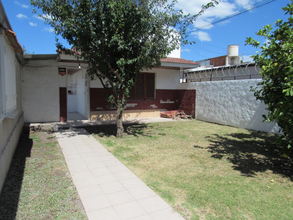 Foto Casa en Venta en  Don Bosco,  Mar Del Plata  Marconi 2466, entre Falucho y Gascon