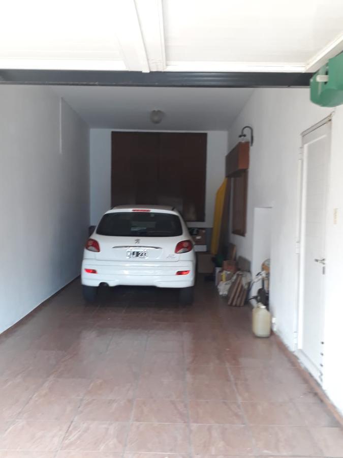Foto Casa en Venta en  Tolosa,  La Plata  521 próximo 6