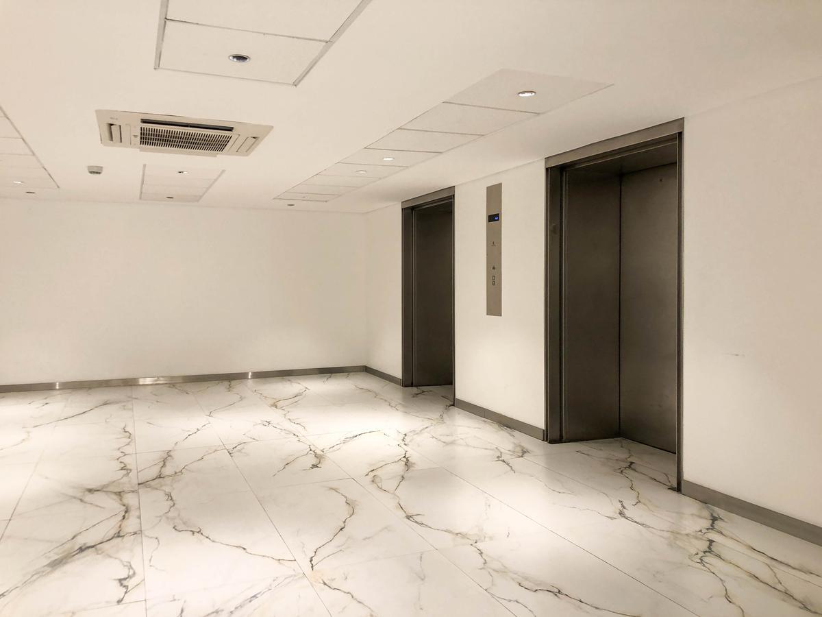 Foto Edificio Comercial en Alquiler en  Microcentro,  Centro (Capital Federal)  RECONQUISTA 40
