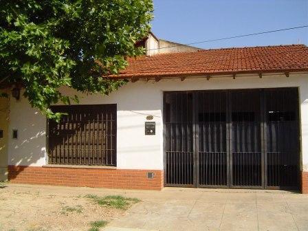Foto Casa en Venta en  Belen De Escobar,  Escobar  Aguado 456