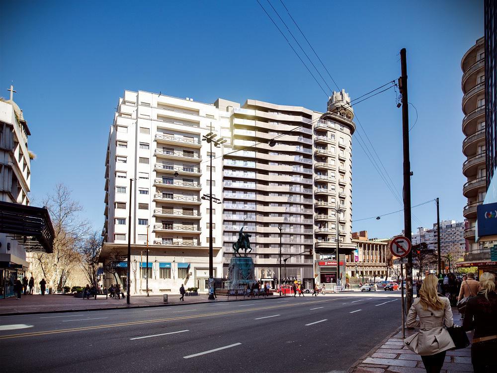 Foto Apartamento en Venta en  Cordón ,  Montevideo  Constituyente y 18 de Julio