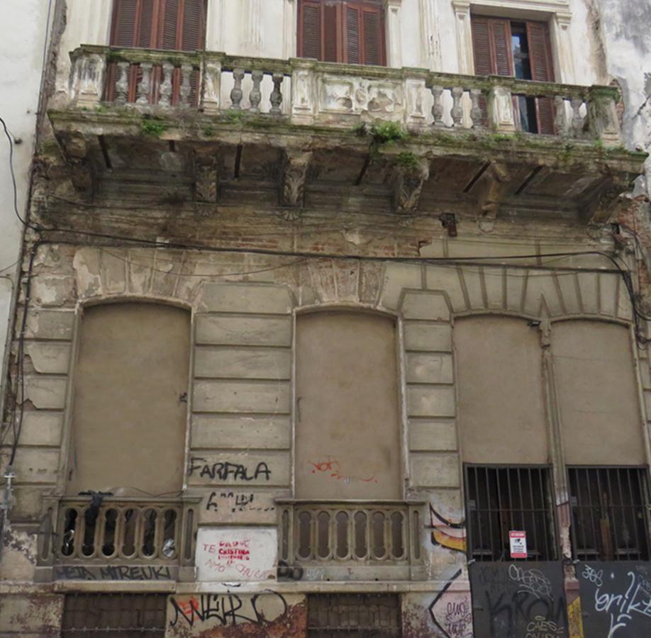 Foto Casa en Venta en  Ciudad Vieja ,  Montevideo  Paraná esq. Ciudadela