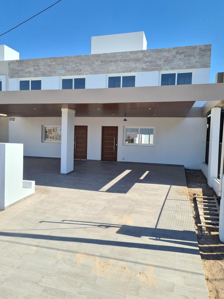 Foto PH en Venta en  Prados de Manantiales,  Cordoba Capital  Duplex en Solares de Manantiales! Frente a Espacio Verde