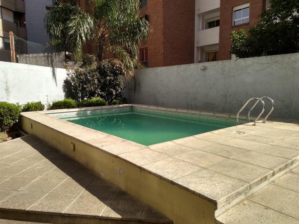 Foto Departamento en Alquiler en  Nueva Cordoba,  Capital  Independencia al 1400