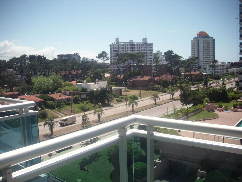 Foto Departamento en Alquiler   Alquiler temporario en  Playa Brava,  Punta del Este  Departamento brava, 2 amb