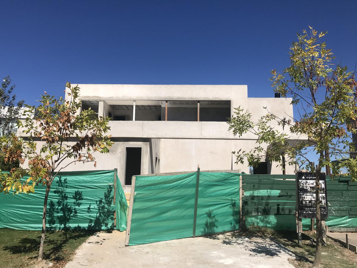 Foto Casa en Venta en  San Benito,  Villanueva  San Benito al 200