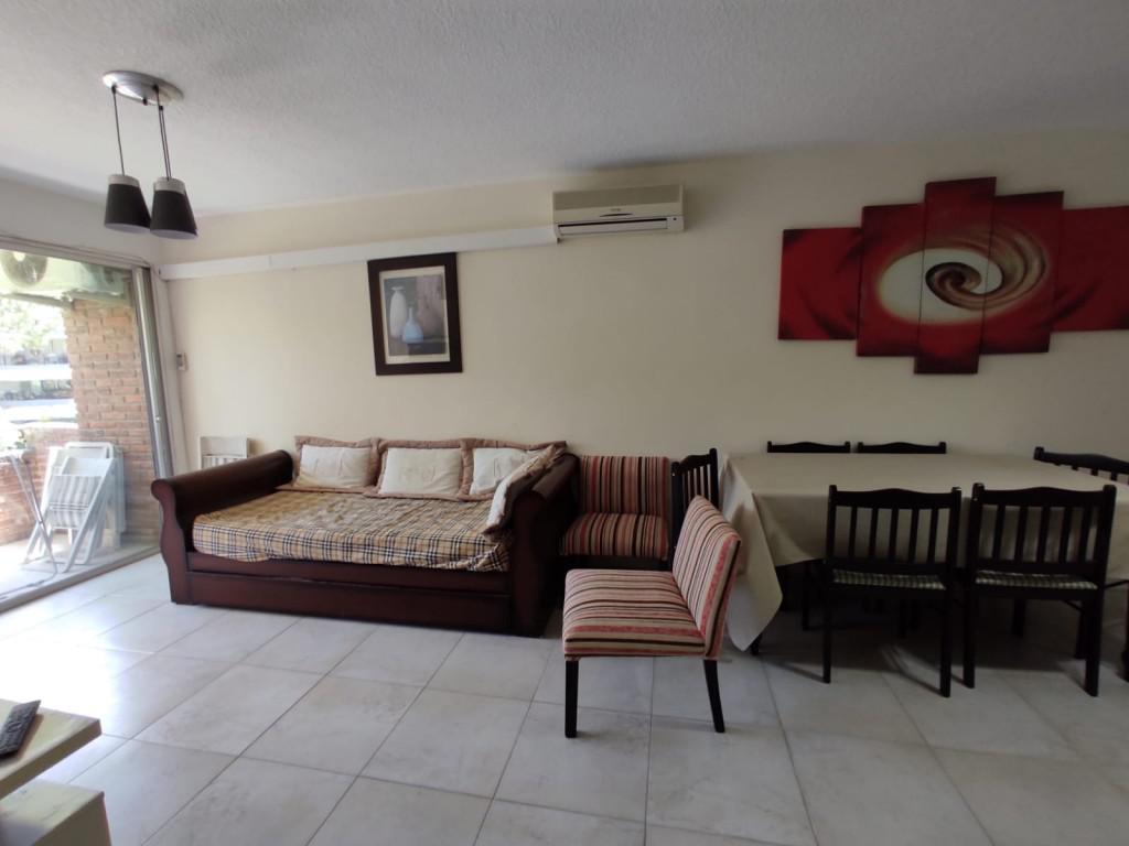 Foto Apartamento en Venta en  Playa Mansa,  Punta del Este  Edificio Kios