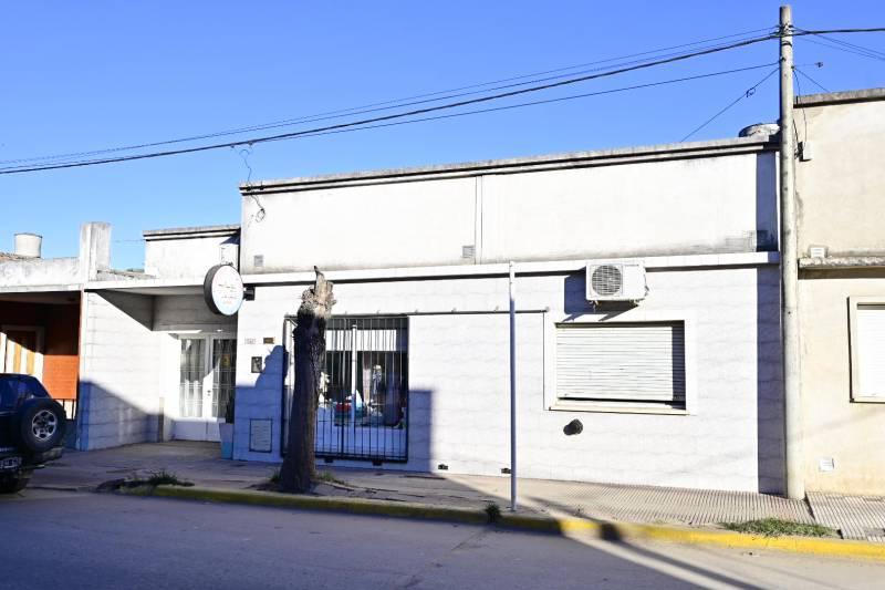 Foto Casa en Venta en  Gualeguaychu ,  Entre Rios  San Martín al 1300