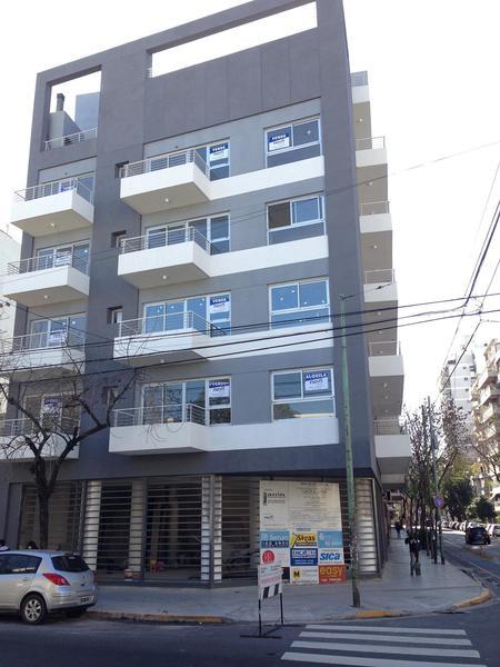 Foto Local en Venta en  Almagro ,  Capital Federal  BILLINGHURST 900