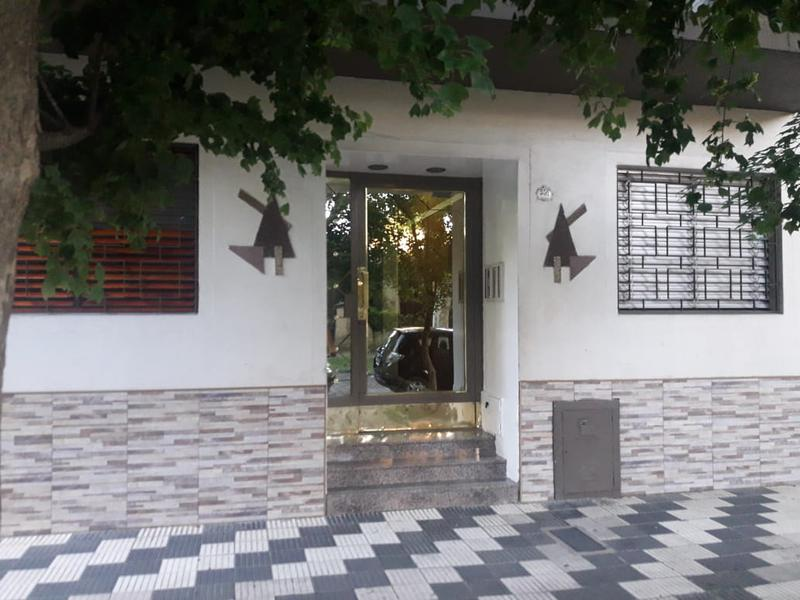 Foto Departamento en Venta en  Lomas De Zamora ,  G.B.A. Zona Sur  CASTELLI 556 pb º4
