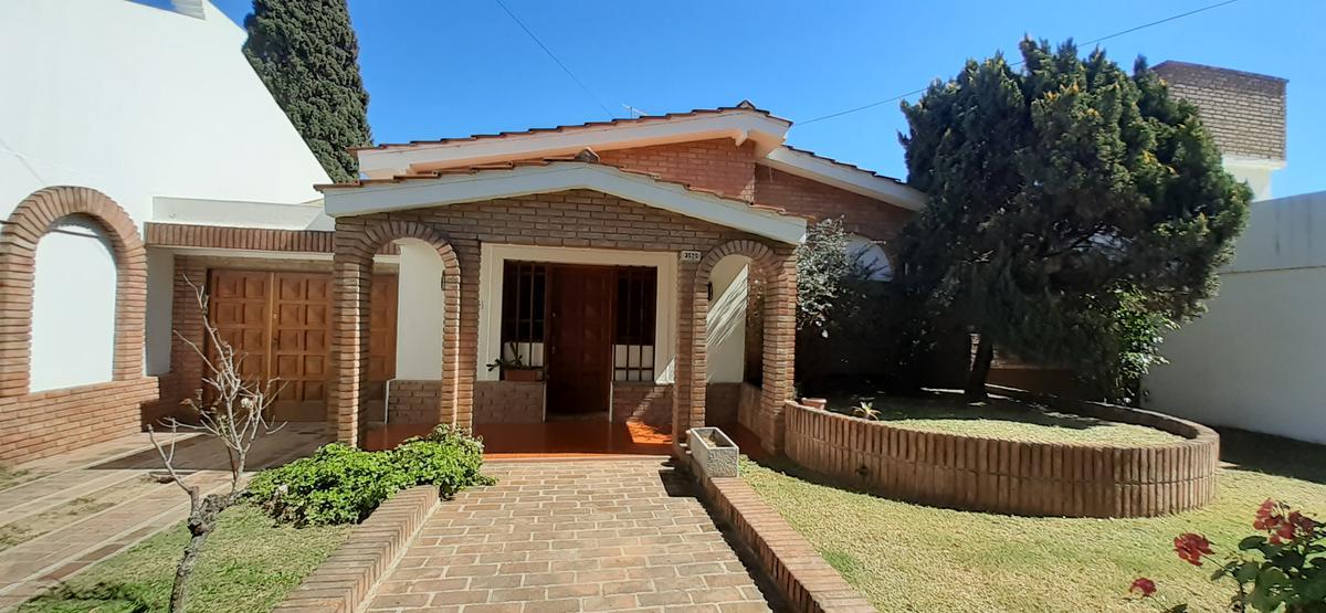 Foto Casa en Venta en  Alto Verde,  Cordoba Capital          La Ramada al al 3500
