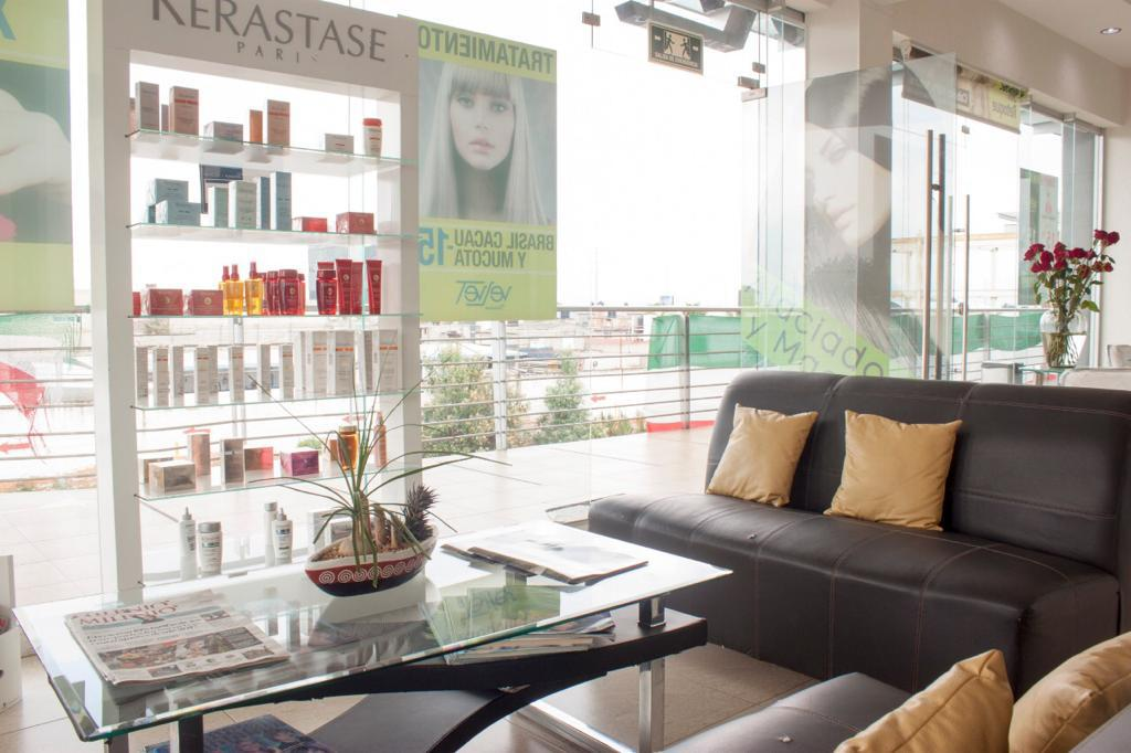 Foto Local en Venta en  La Providencia,  Metepec  Traspaso Local Comercial Velvet Hair Fashion Studio
