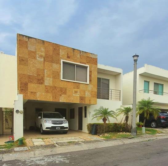 Foto Casa en Venta en  Residencial Lomas Residencial,  Alvarado  Fracc. Lomas Residencial, Alvarado, Veracruz - Casa en venta